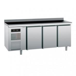 Masa rece cu 3 usi, capacitate 390 litri, temperatura de lucru 0°C/+10°C, putere 550W