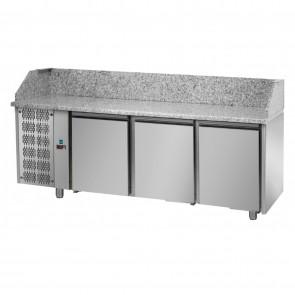 Banc de pizza cu motor pe partea stanga, 3 usi, capacitate 680 litri, blat de lucru din granit, temperatura de lucru +0 °C/+10 °C
