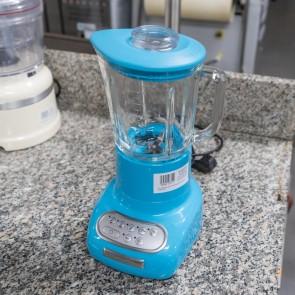 Blender Artisan culoare crystal blue, cu cana gradata din sticla transparenta, second hand, capacitate 1.5litri