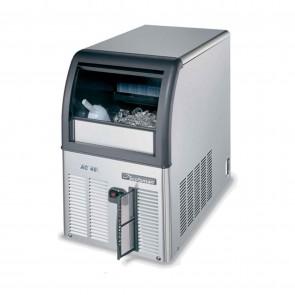 Masina cuburi de gheata, racire cu aer, productivitate 24kg/24h
